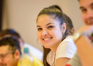 ROMEA spustila kampaň na podporu romských studentů. Zapojit se můžete i vy!