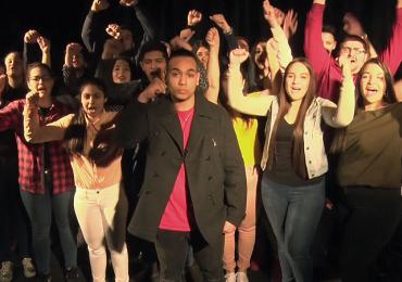 Máme vize, máme cíle a chceme být úspěšní. Romští studenti natočili k Mezinárodnímu dni Romů videovzkaz
