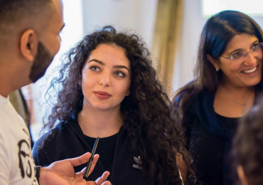 Romští studenti SŠ a VOŠ mohou ode dneška posílat žádosti o stipendium na rok 2019/20